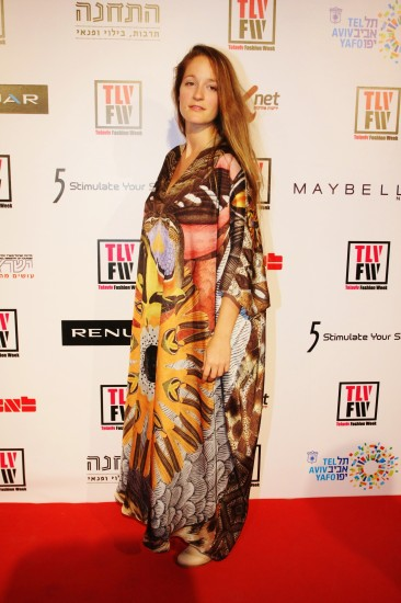 גלביה של יוסף בשבוע האפנה בתל אביב 2011 (צלם:קובי בכר)